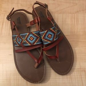Brown leather sandals with colorful tops